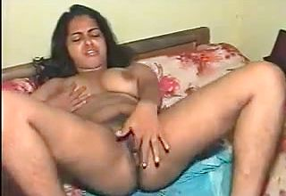 Desi wife Masturbation